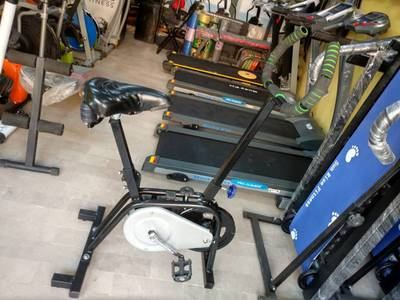 Cardio Bike Available for home and gyms 1