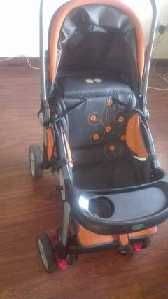 Best & clean condition preloved Pram & Cot for sale 0