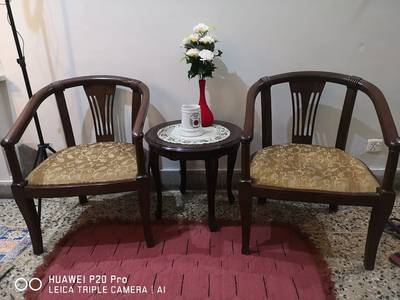 5 seater sofa and 2 chairs 3