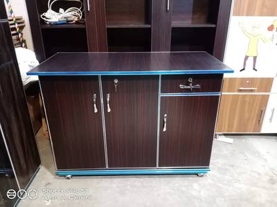 3 door beautiful iron stand . . available in all colours 8