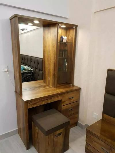 Modern dressing table with lights drawers in wood colour best quality 0