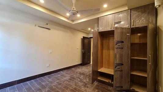 1 bed brand new apartment in The Grande Civic Centre, Bahria Town Phas 11