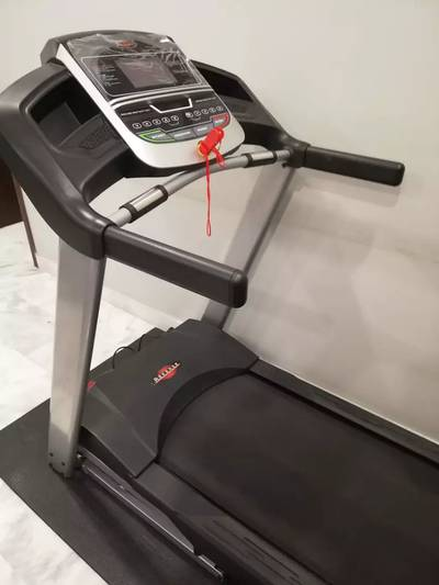 Advance Treadmill and Slim Line Cycle 1