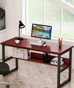 Stylish Solid Computer table 0