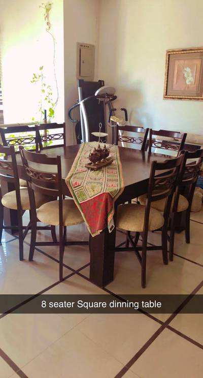 8 seater Dinning table 0