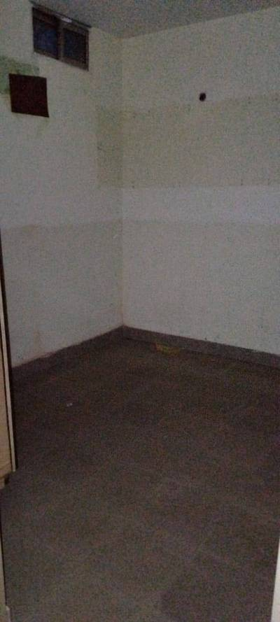 2 bed flat for rent near Queen mary college shimla hill, Lahore 4