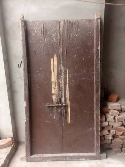 Used wooden doors size 6 by 3 single price 3000/- 4