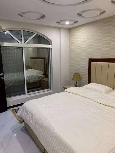 1 BED ROOM VIP FURNISHED FLAT WITH PER DAY RENT AVAILABLE IN BAHRIA 11