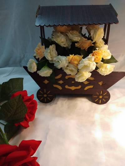 Flowers and chocolates bookeh wooden basket price 1900 0