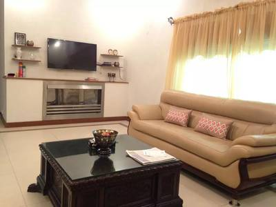 One Kanal Full Furnished house in DHA for Rent (Short/long term) 11