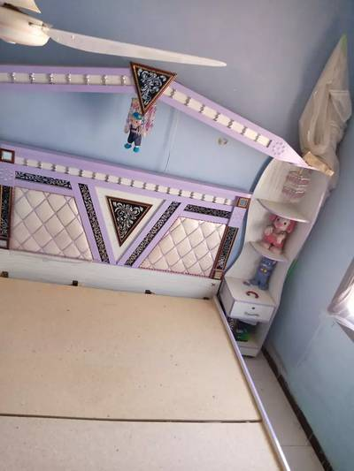 King size double Bed with two portion almara 3