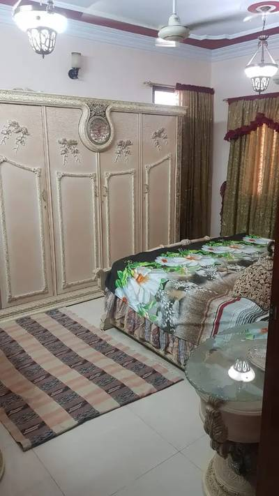 Portion for sale 3 bed Corner With Roof F. B Area block 9 14