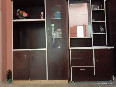 Dressing and divider 1