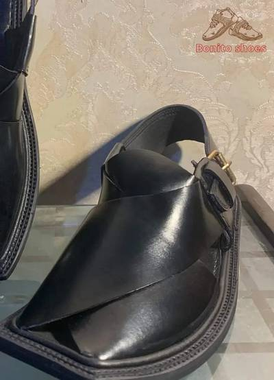 Peshawari chapal in best quality leather hand made. 3