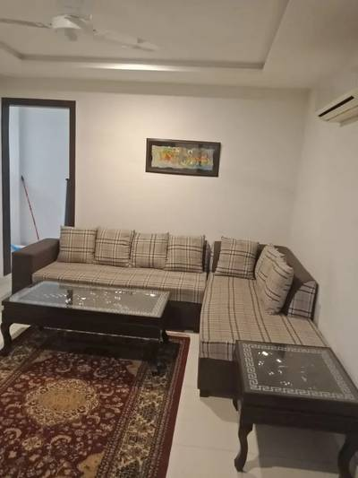1Bedroom Full Furnished Flat Per Day Available in Bahria Town Lahore 0