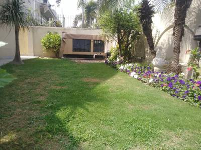 One kanal Full Furnished house in DHA for rent (Daily/weekly Basis) 2