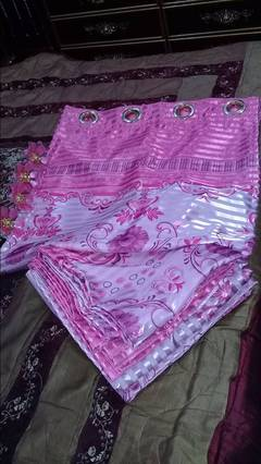 4 curtains in totaly new condition on low price urgent sale 0