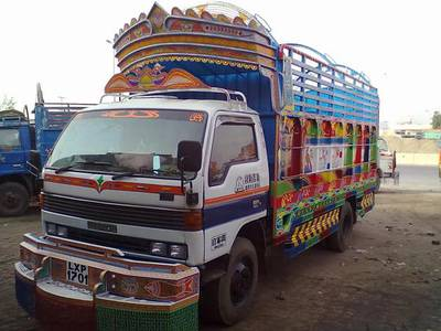 24/7 Mazda Shahzor Pickup Container For Rent Services Available 1