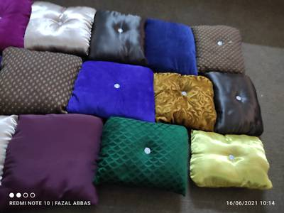 Cusions Soft Comfortable And Colourful beautiful read description 2