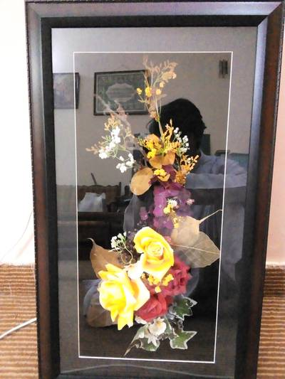 Hand Made LED Flower Bouquet Frame For sale. 0
