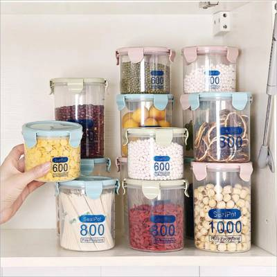 Lunch boxes/ jars and sheets 15