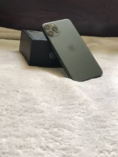 Iphone 11 pro with box 0