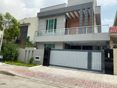 10marla furnished5bed rooms doubel unit house4rent in bahria town rwp 0