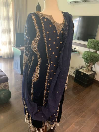 DRESSES FOR WEDDING FUNCTIONS AT GOOD PRICE 14