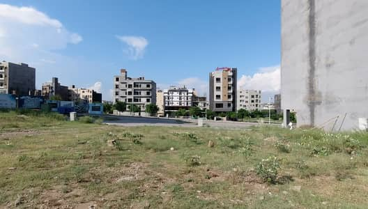 V One Mall Apartment For Sale 3