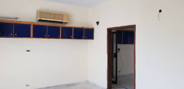25 Rooms and Cabins suitable for office at Embassy Road G-6 3 11